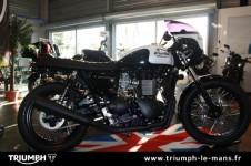 BONNEVILLE T100 BLACK PEARL - 11/2015
